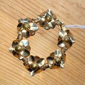 Vintage copper sculpted bracelet link floral